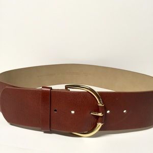 Banana Republic • Brown Leather Belt Gold Buckle